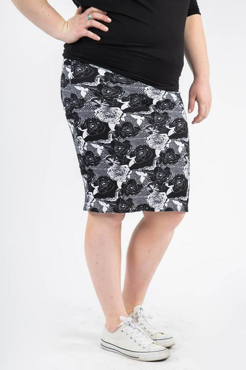 XS Agnes & Dora™ Pencil Skirt Roses and Rounds Black
