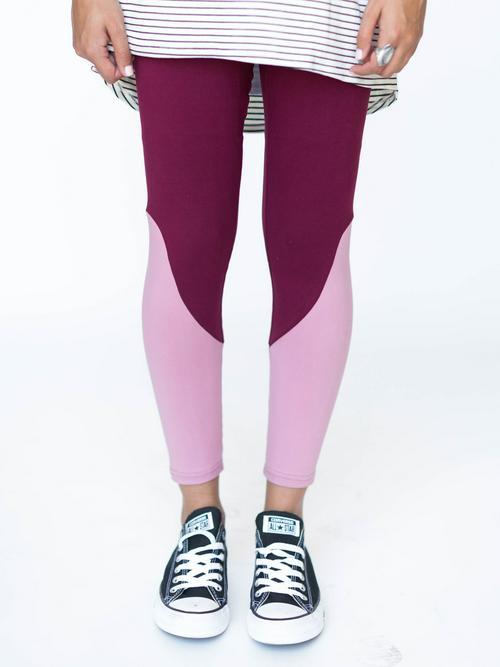S/M Agnes & Dora™ Leggings Dark Berry with Blush
